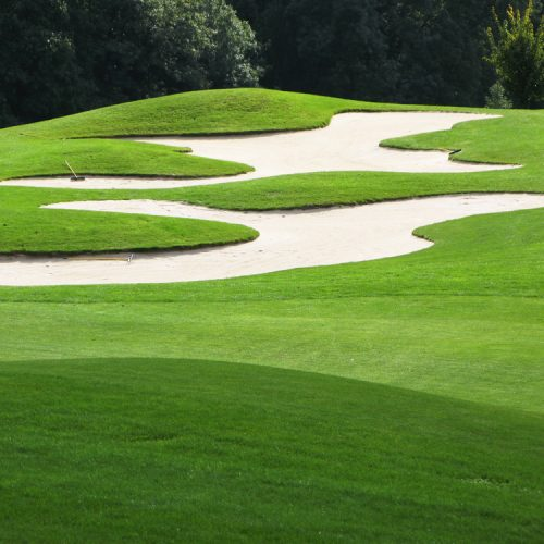 Golf course bunker sand for leisure